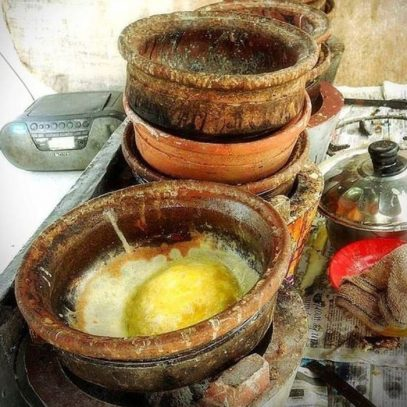 Claypot Apom telur traditional